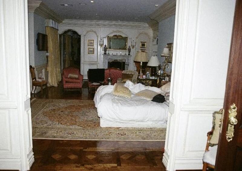 Así lucía la habitación del rey del pop momentos después de haber fallecido.