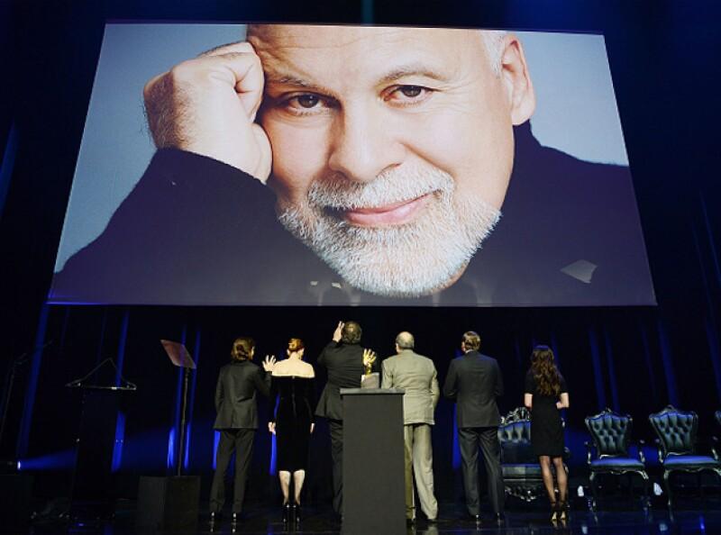 Entre amigos y fans, la cantante canadiense recordó a su fallecido esposo.