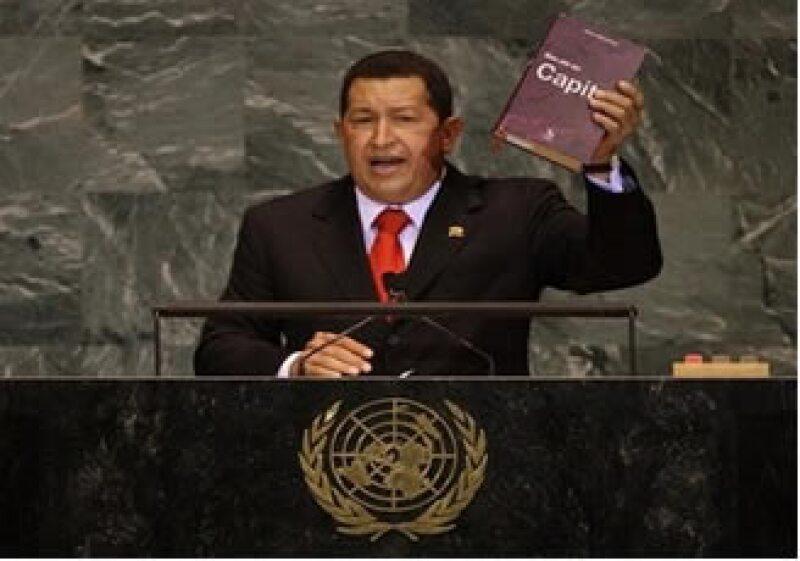 El presidente de Venezuela, Hugo Chávez, llamó a los líderes mundiales y Obama a leer a Karl Marx. (Foto: AP)