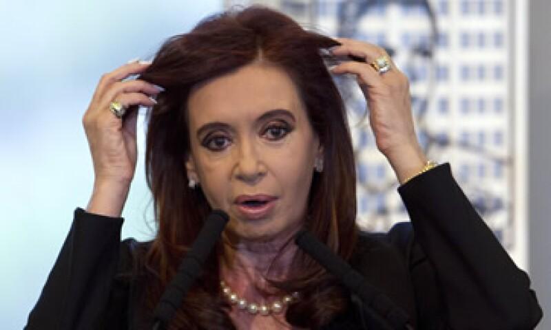 El Gobierno argentino llevaba semanas presionando a YPF para que aumentara sus inversiones en el país. (Foto: AP)