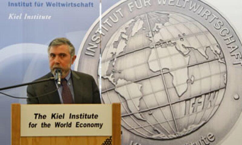 Paul Krugman consideró que el peligro claro y actual proviene de una especie de pánico bancario respecto a Italia y que Grecia es un asunto secundario. (Foto: AP)