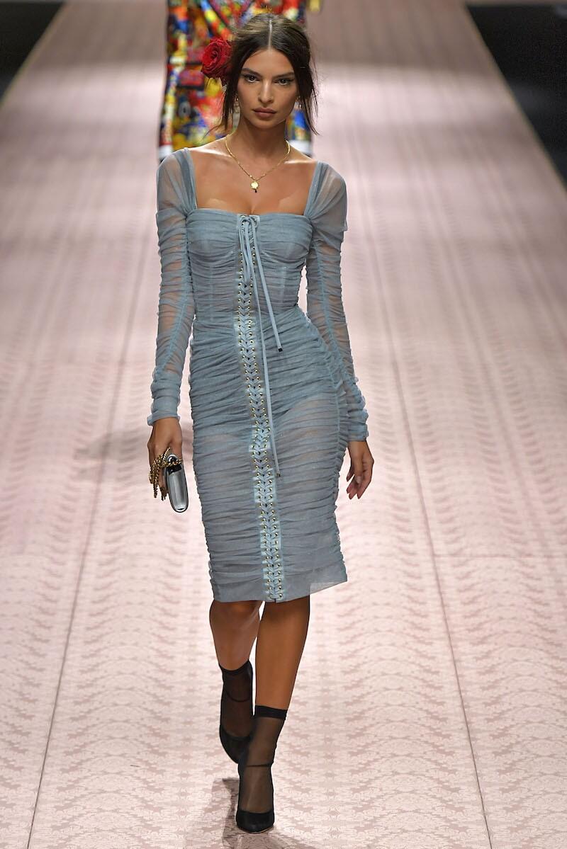 Emily Ratajkowski para Dolce & Gabbana