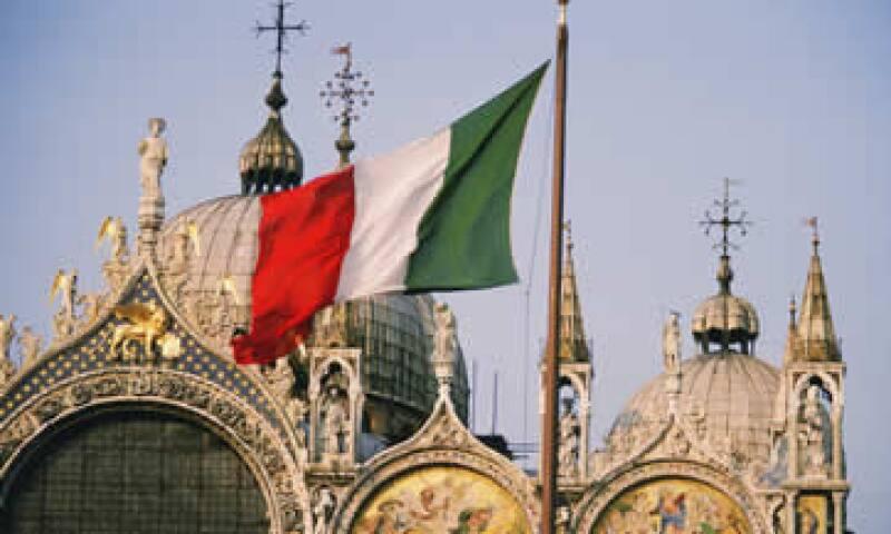 S&P reconoció que España actuó de mejor manera ante el alza de los rendimientos de sus bonos que Italia. (Foto: Photos to Go)
