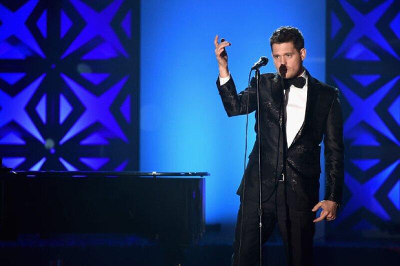 El cantante decidió informar por medio de redes sociales que deberá alejarse de los escenarios y pidió disculpas por los conciertos que tuvo que cancelar.