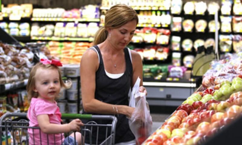Los consumidores en México están desalentados por nuevos impuestos y el débil crecimiento. (Foto: Reuters)