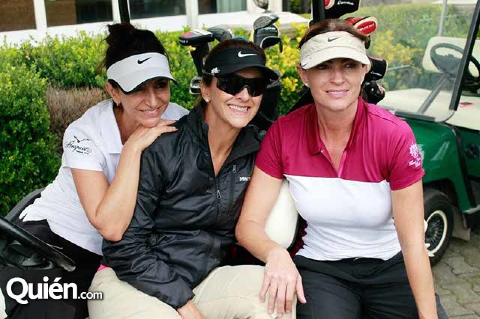 Renata Chain,Laura del Villar y Paulina Fajer