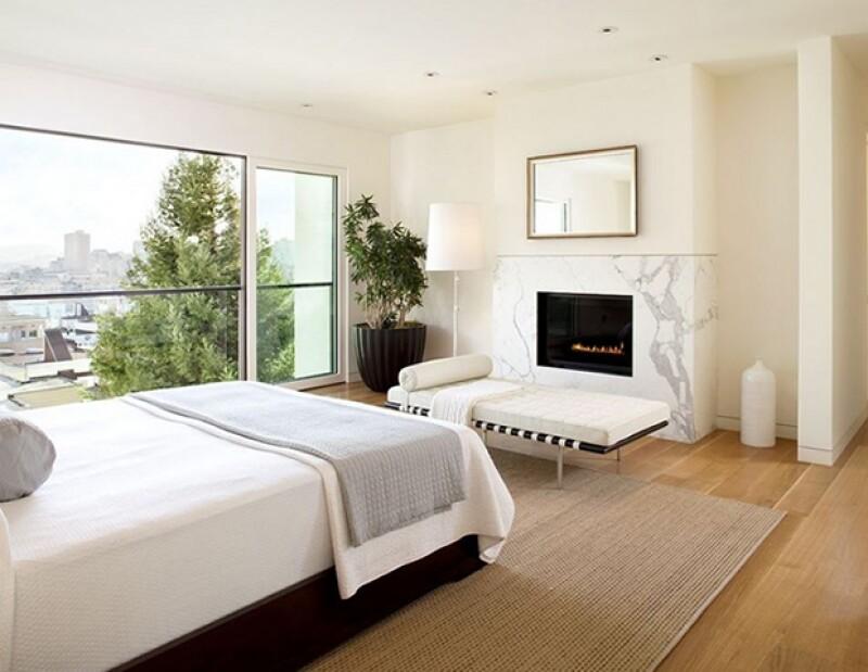 Un cuarto limpio y ordenado es indispensable para dormir bien.