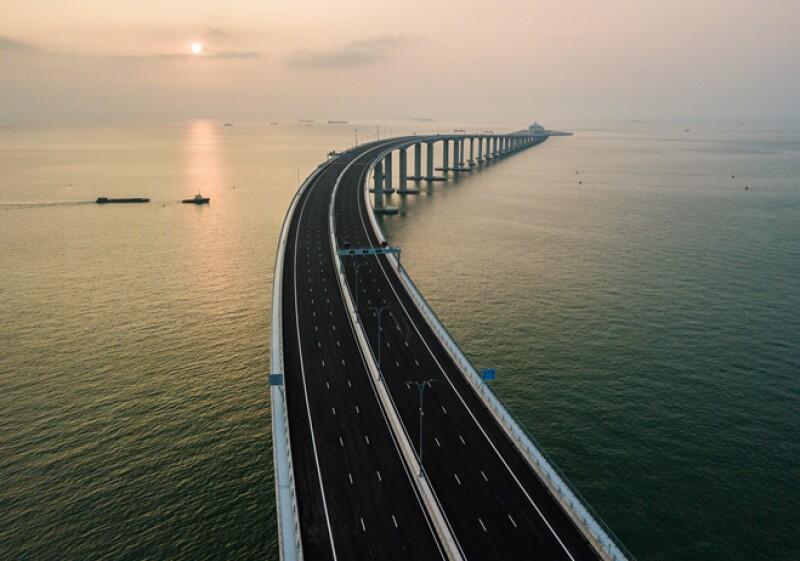 China Puente 2