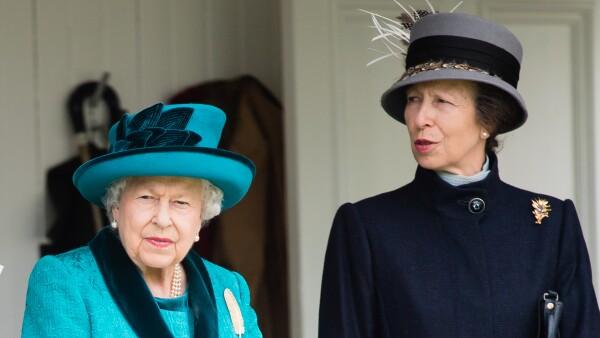 Princesa Ana y Reina Isabel