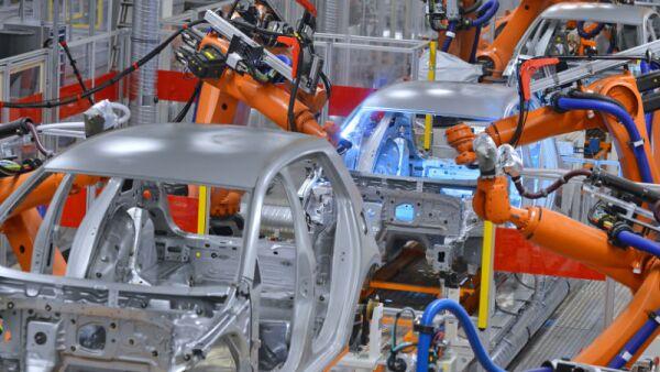 robots soldadores de autos