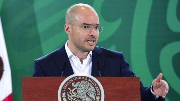 David León Romero, director de Protección Civil, durante la conferencia.