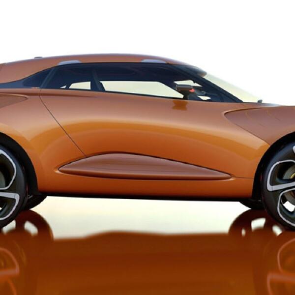"""""""Captur es un 'crossover' deportivo y divertido. Toma como base el diseño fundamental del DeZir, pero añade más dimensión y funcionalidad, sin perder el estilo"""", dice Laurens Van den Acker, director de diseño de la automotriz."""