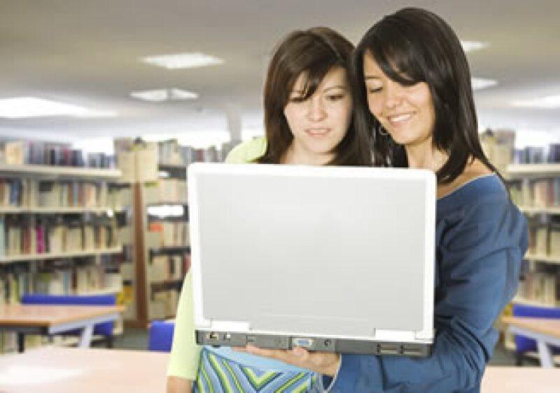 El 82% de las más de 16,000 librerías públicas de Estados Unidos tienen conexión inalámbrica a la red. (Foto: Photos to Go)