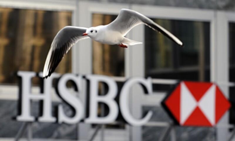 La filial suiza de HSBC ayudó presuntamente a proteger cuentas que en total suman 100,000 mdd. (Foto: AFP)