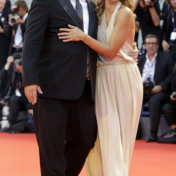 Angelica Russo y Gabriele Muccino en la alfombra roja.