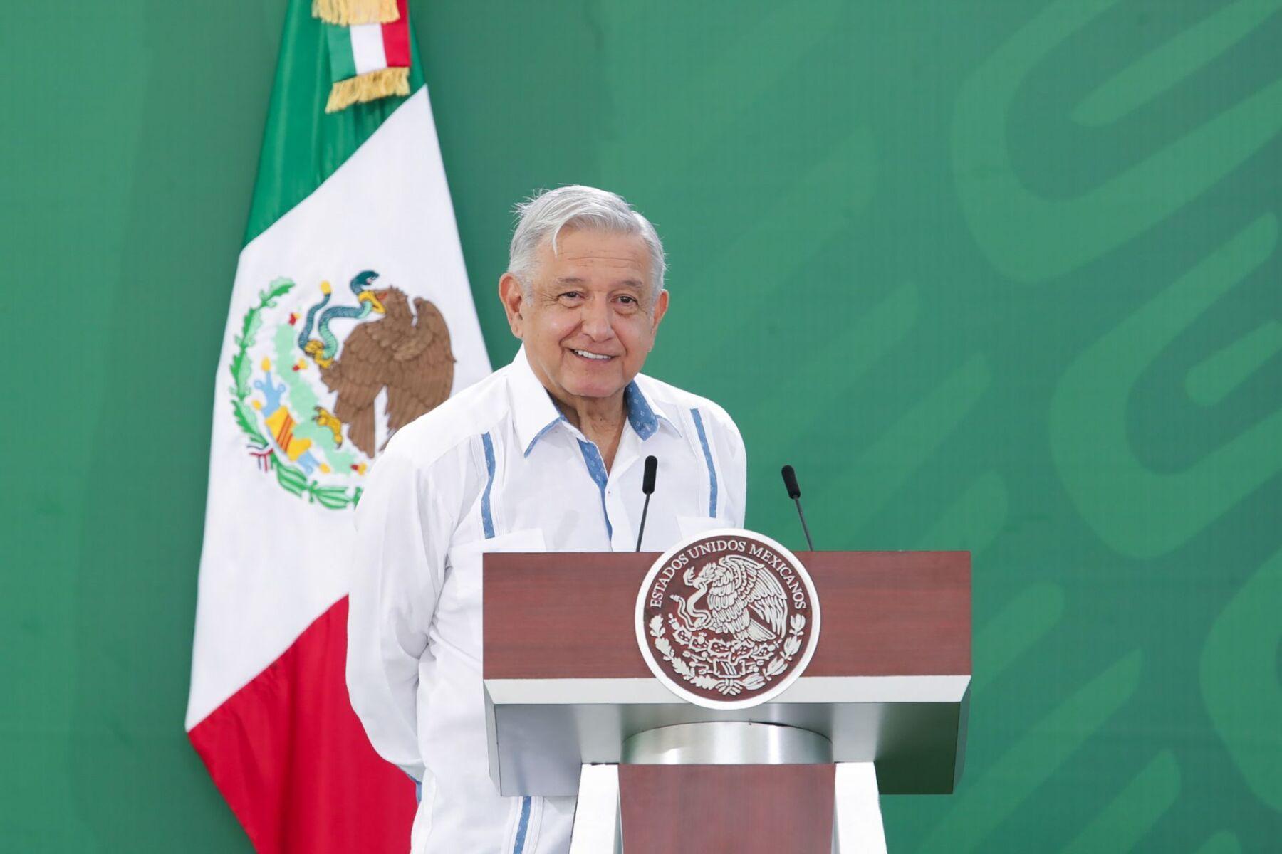 AMLO Calderón