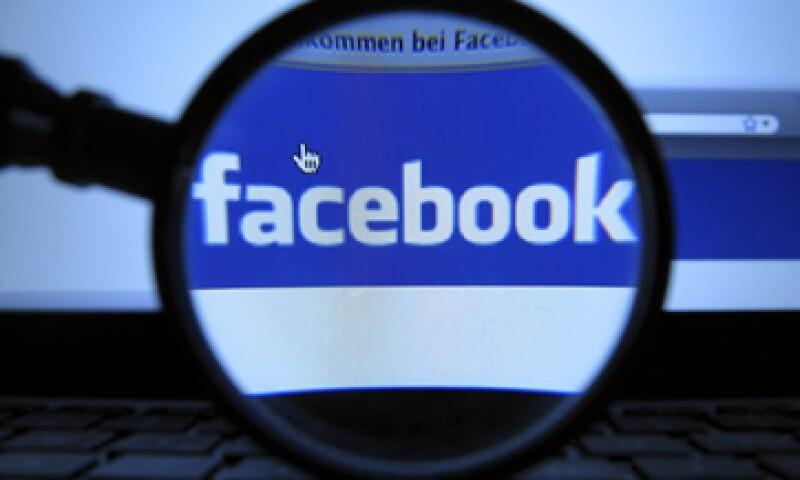 Facebook señala que el problema durará sólo unos minutos. (Foto: Archivo)