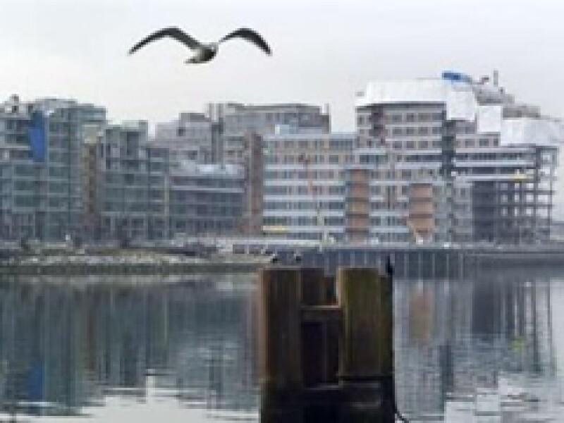 Autoridades de Vancouver sufren para refinanciar los 792 millones de dólares que vale la Villa Olímpica. (Foto: Reuters)