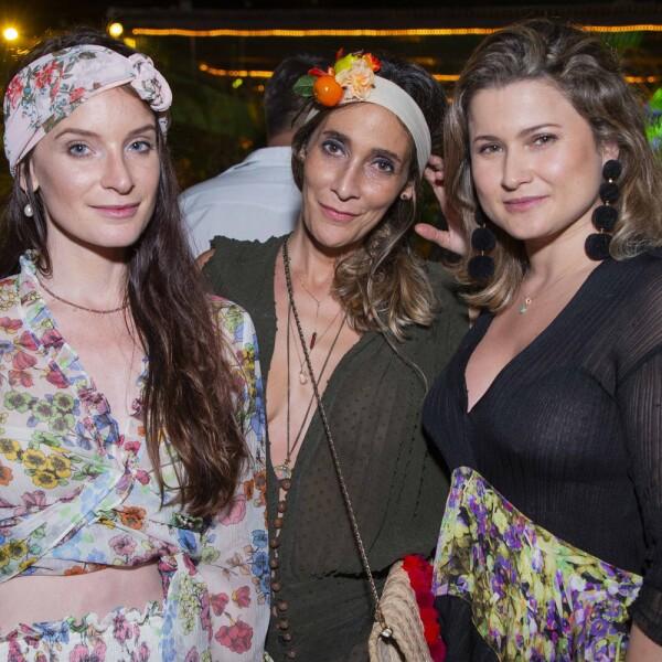 Becca Congdon, Tania Zesati, Natalia Davila