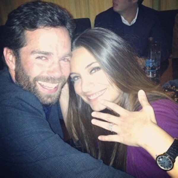 El 24 de abril la actriz compartió esta tierna imagen junto a su ahora esposo.
