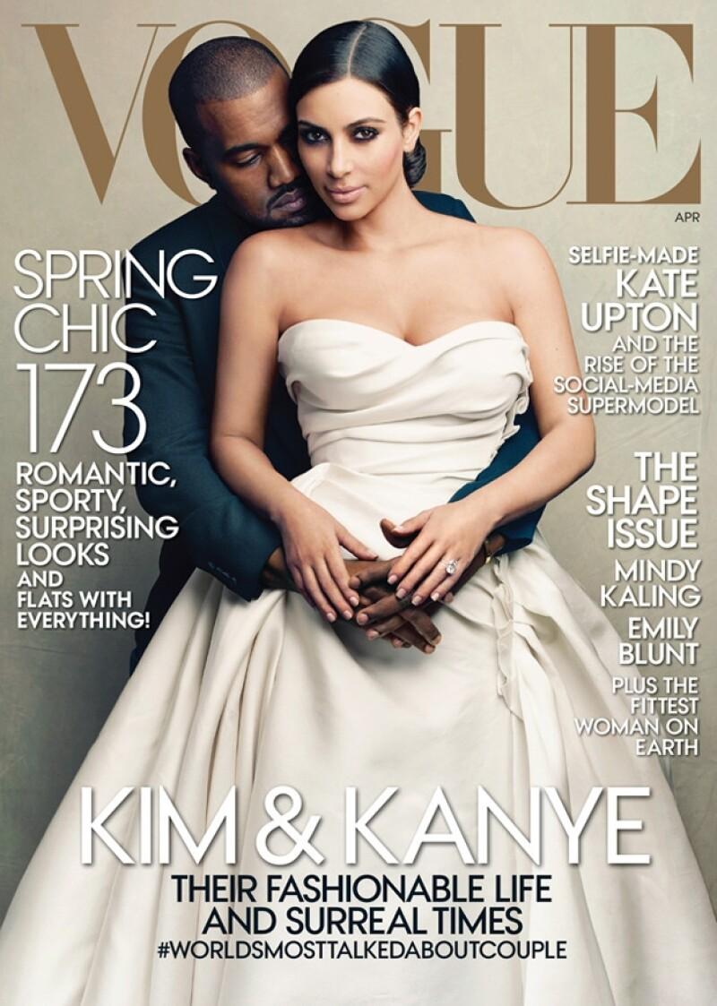 Kim Kardashian y Kanye West en la portada de abril de Vogue USA.