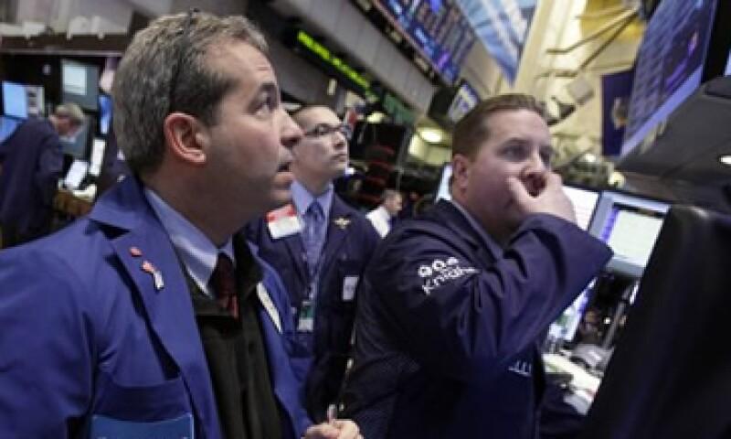 Los temores de un impacto global por la desaceleración china afectaron al mercado estadounidense. (Foto: AP)