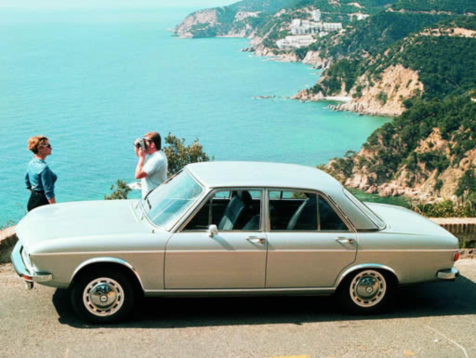 El Audi 100 LS de 1969 contaba con cuatro cilindros.