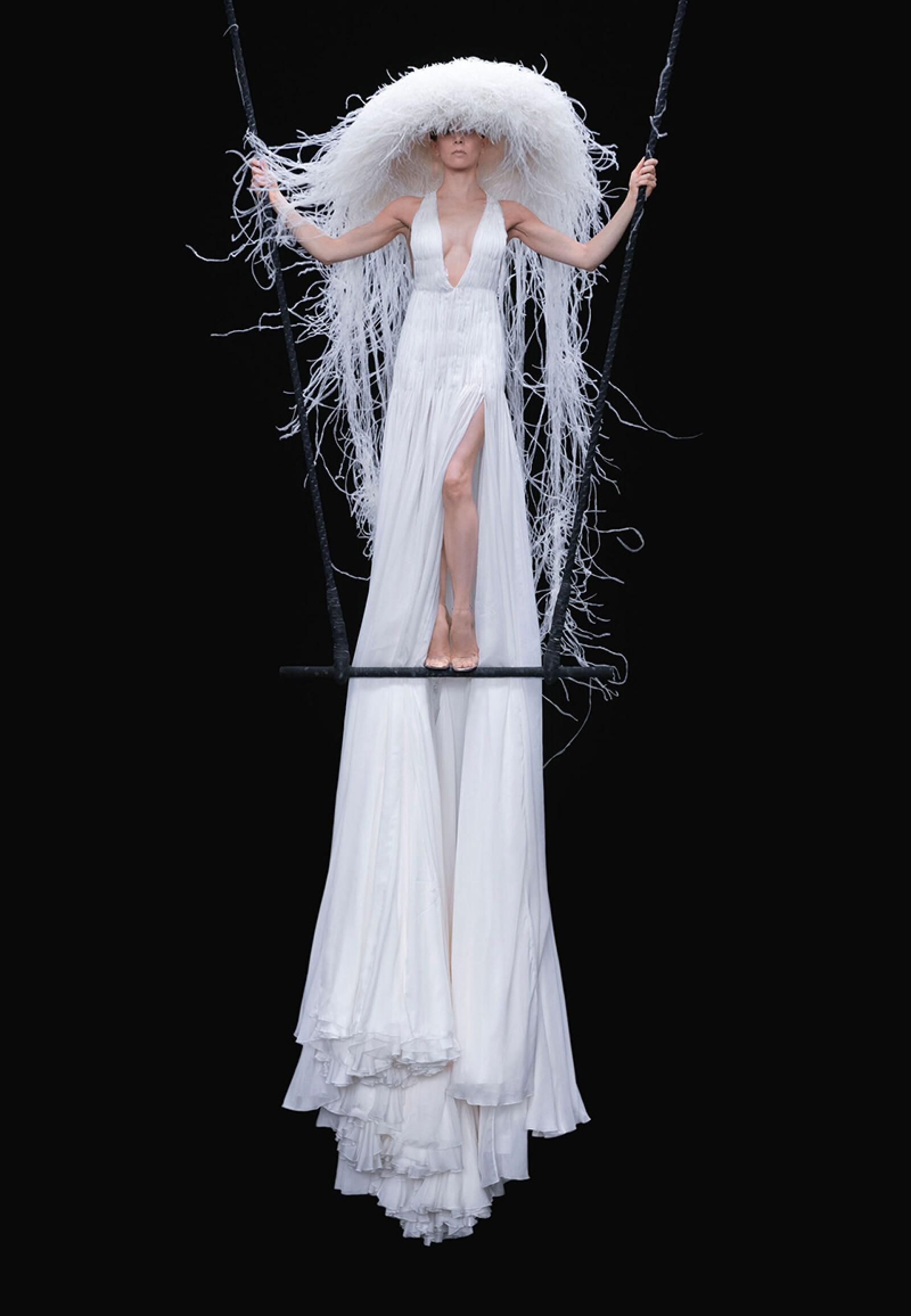 valentino-haute-couture-fw20-12