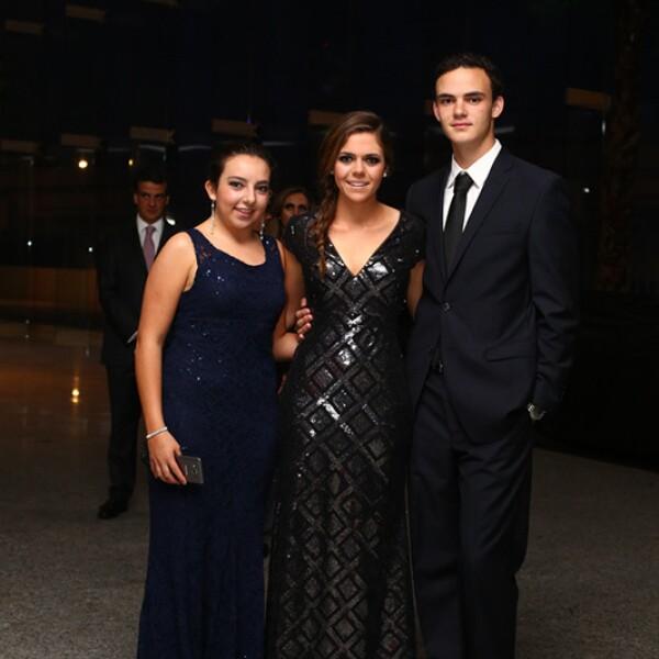 Mónica Tejeda, Ana Gaby Vázquez y Guillermo Tame