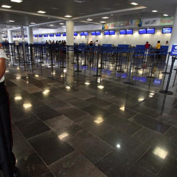 aeropuerto de cancún vacío