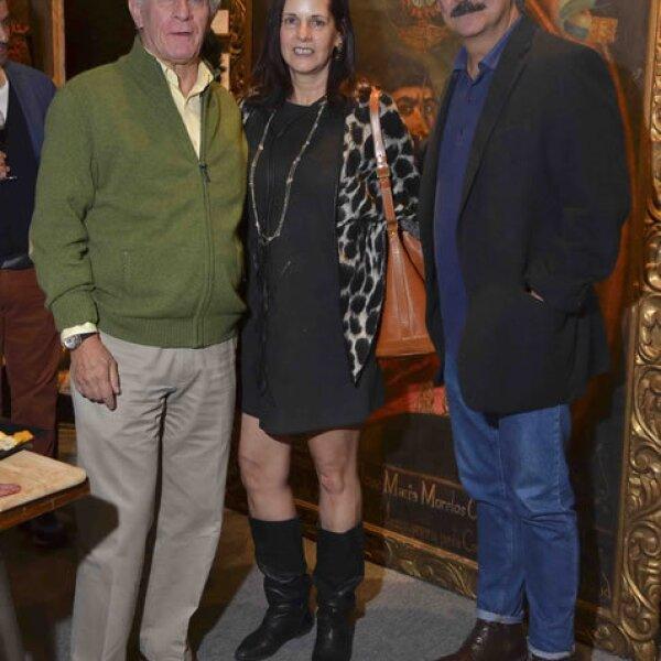Toño Collado, Paulina Covarrubias y Knut Pani