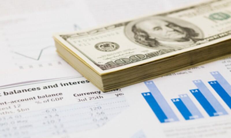 Los bancos realizan operaciones con derivados para protegerse contra varaciones en las tasas de interés o deuda corporativa.  (Foto: Getty Images)