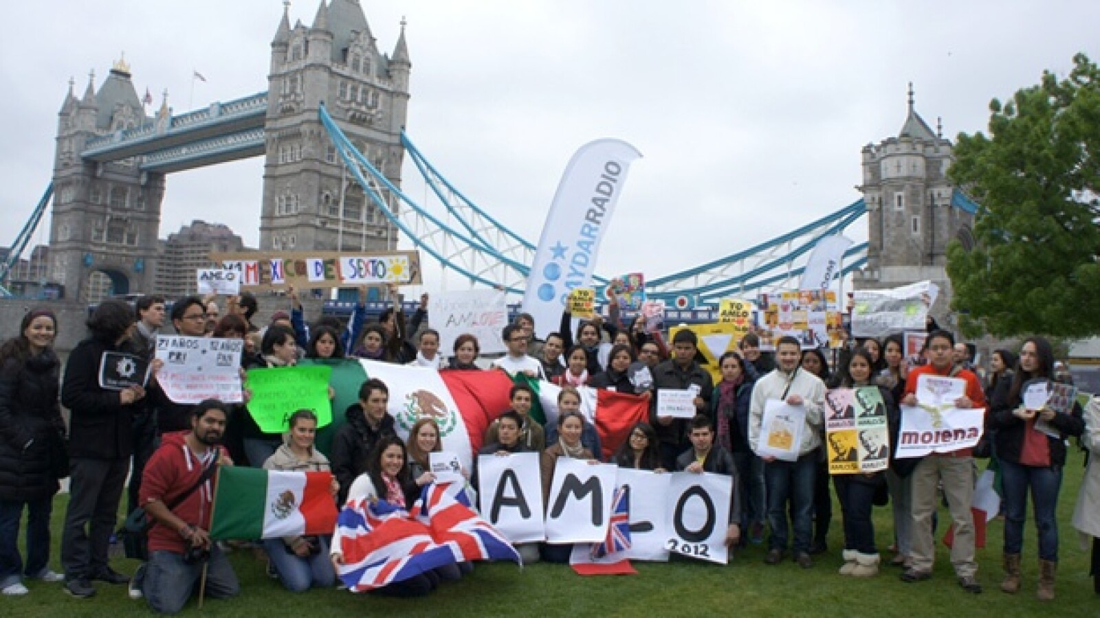 marcha pro amlo londres