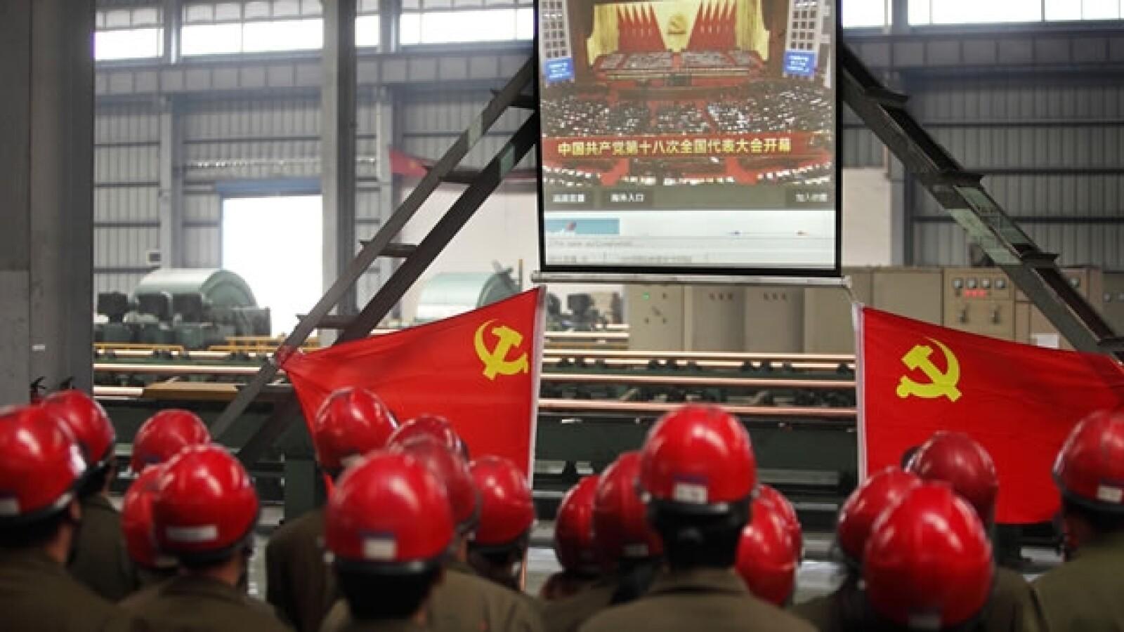 trabajadores ven el congreso del