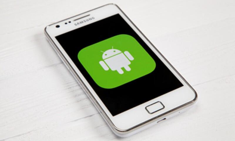 La investigación determinará si Google dice a los fabricantes de teléfonos cómo deben aparecer sus aplicaciones (Foto: Shutterstock)