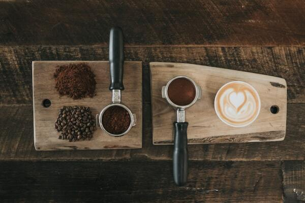 Life and Style Café nathan-dumlao-KixfBEdyp64-unsplash.jpg