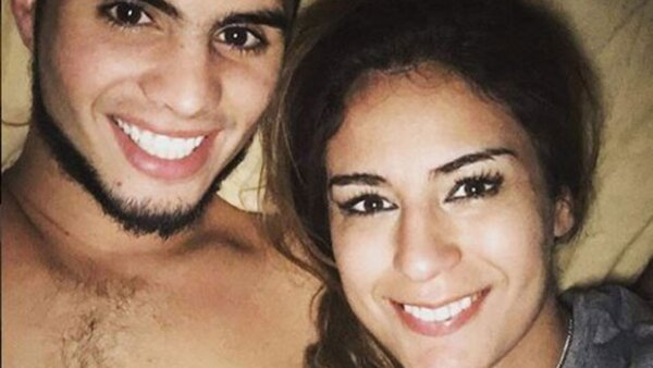 Luego de meses de rumores, una romántica fotografía confirmó el noviazgo de la mexicana con el también clavadista Iván García.