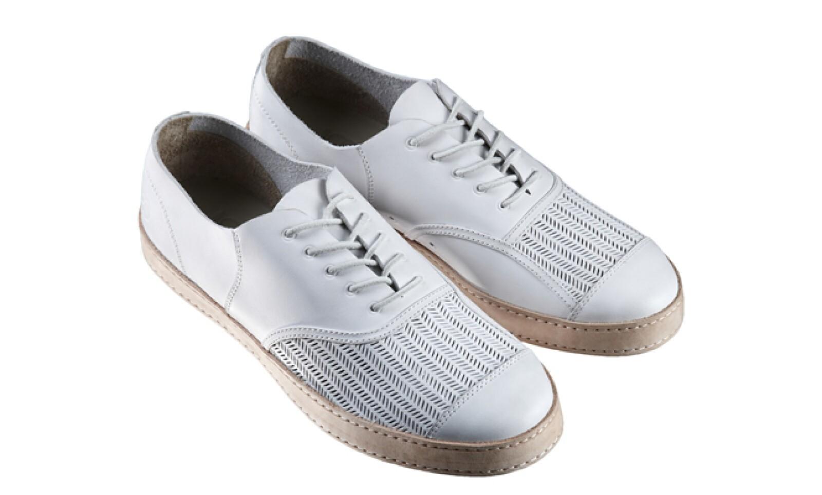 Lacoste conmemora su 80 aniversario con una nueva colección de calzado de estilo atemporal.
