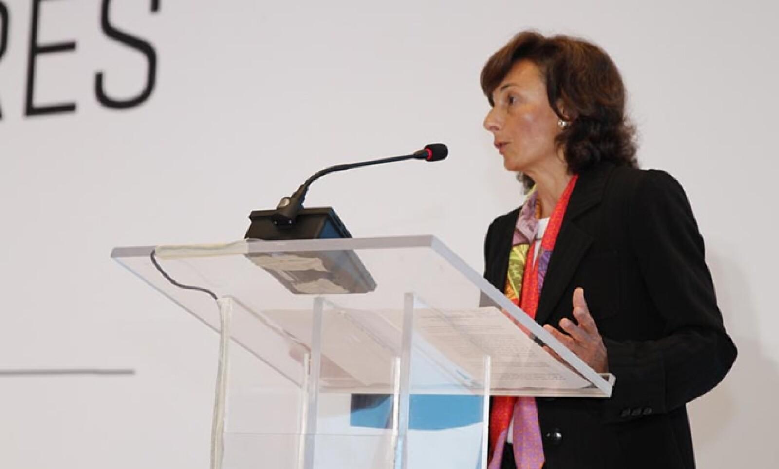 La directora del Banco Mundial para México y Colombia ofreció unas palabras en la inauguración del evento.