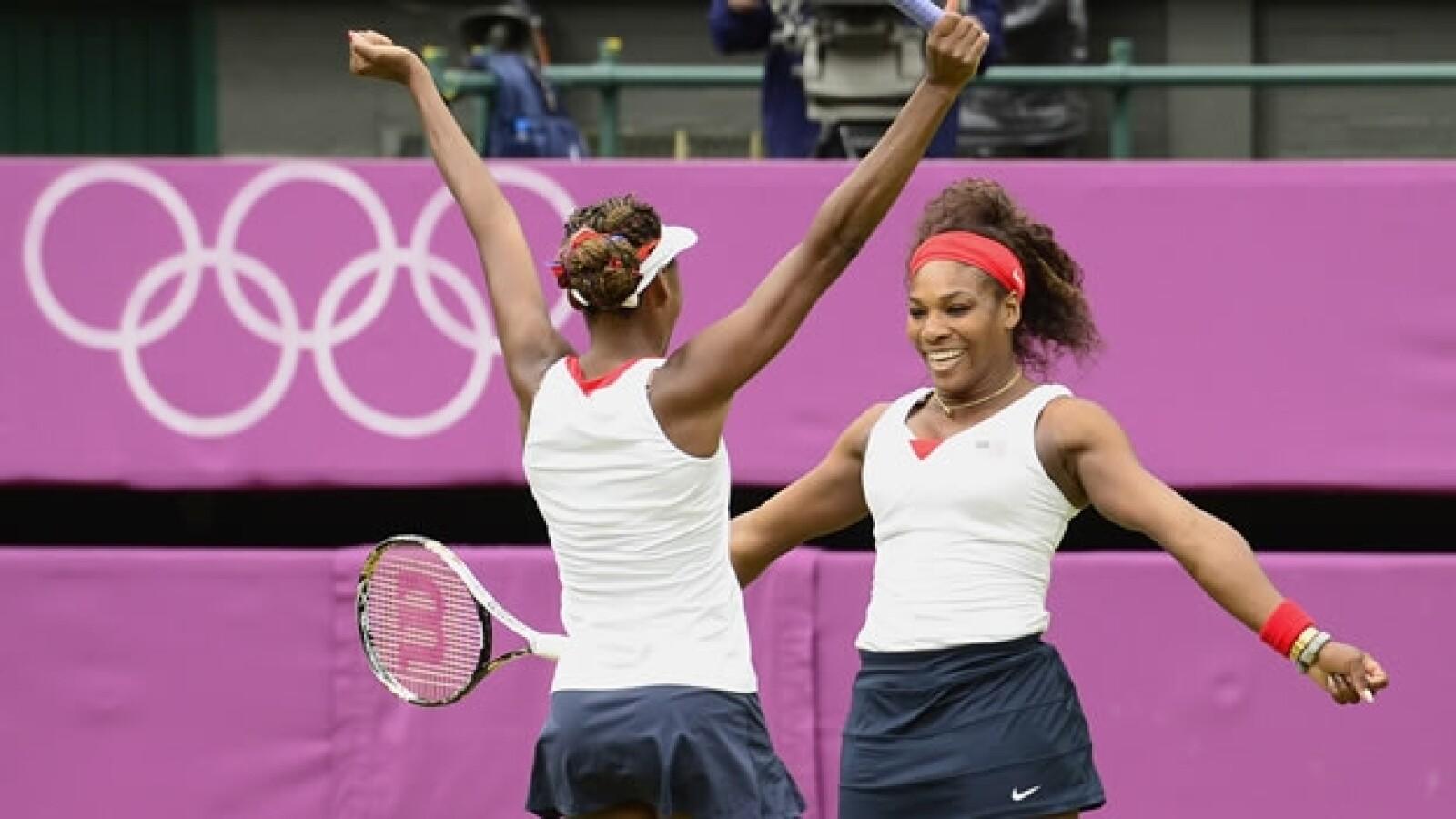Serena y Venus Williams ganan oro en dobles femenil