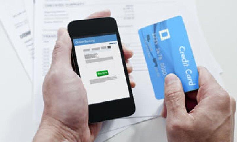 Los avances tecnológicos permiten el uso de la billetera móvil como una alternativa segura al efectivo y a las tarjetas. (Foto: Getty Images)