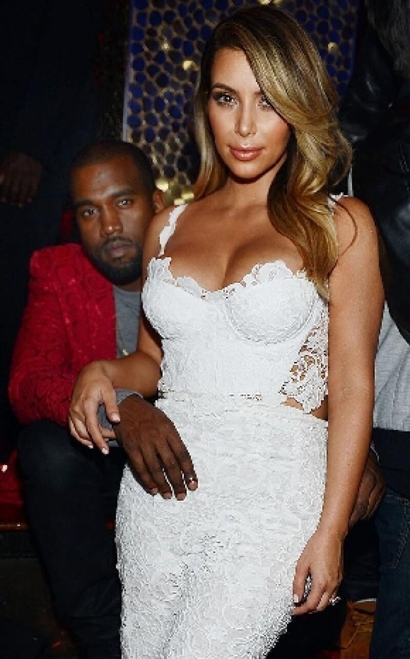 Según informa Us Magazine, la mediática pareja planea embarazarse en verano próximo, justo después de su enlace matrimonial.