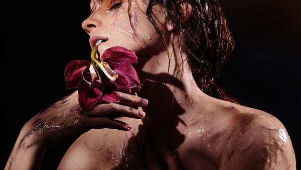 Emma Watson para Natural Beauty
