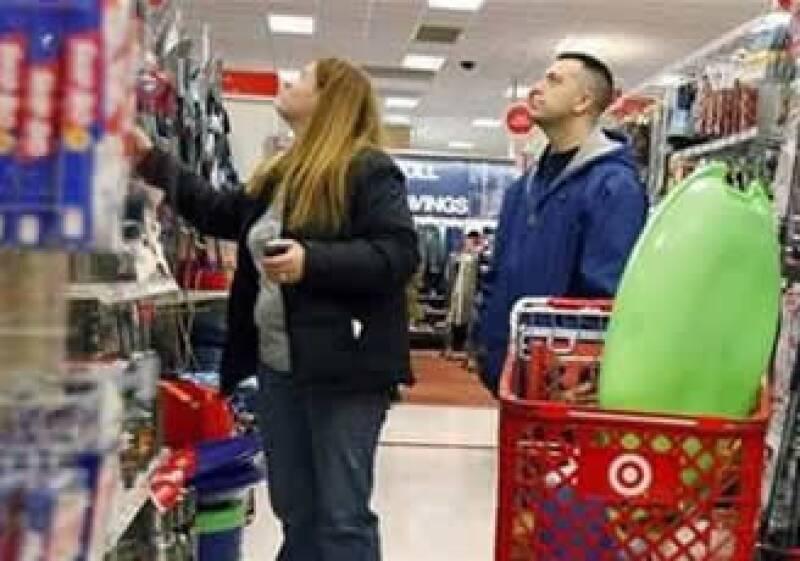 Analistas esperan un repunte en el gasto de los estadounidenses en el segundo trimestre. (Foto: Reuters)