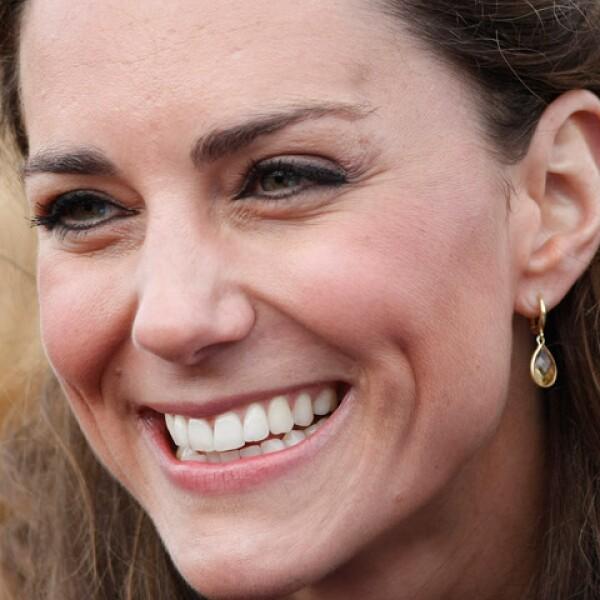 Desde que se anunciara el compromiso hemos visto la imagen de Kate en todos lados, desde cómics, muñecas, tazas, etc.
