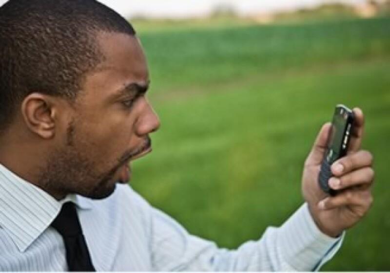 El precio de los servicios de telefonía móvil se prevé aumente por la carga impositiva de 19% contra el 15% que hoy se paga. (Foto: Jupiter Images)