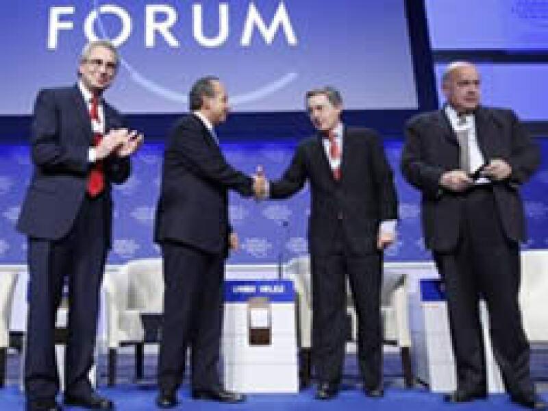 Ernesto Zedillo, Felipe Calderón, Álvaro Uribe y José Miguel Insulza participaron en el Foro de Davos. (Foto: Reuters)