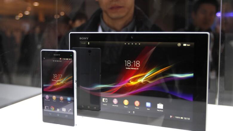 Sony aprovechó la cita para presentar sus productos Xperia Z, tanto teléfono inteligente como en tableta.