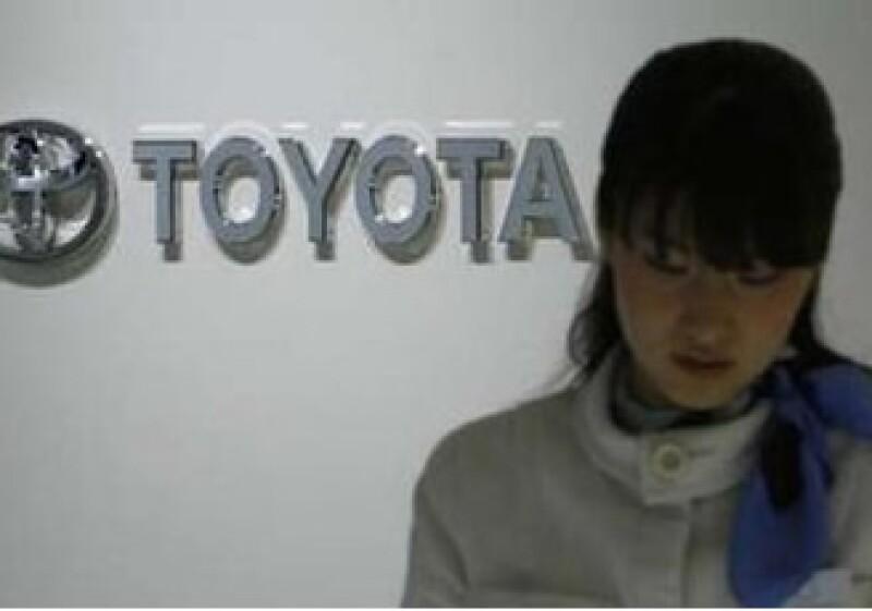 La empresa dijo que el 8 de febrero reiniciará la producción que de los modelos que dejó de armar. (Foto: Reuters)