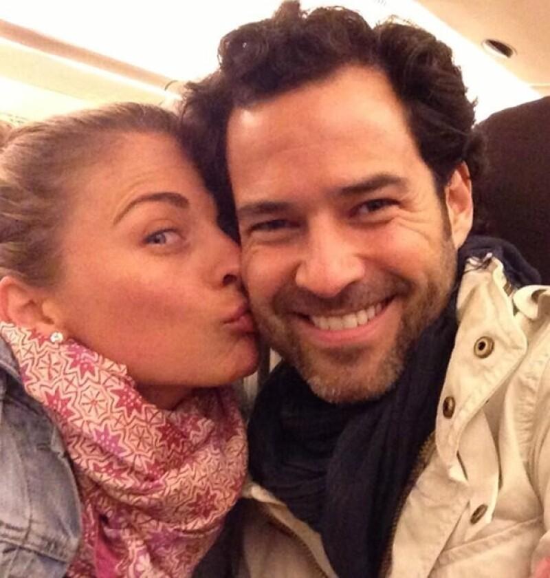 La actriz ha agradecido todas las muestras de afecto que ha recibido este viernes, su primer cumpleaños como esposa de Emiliano Salinas.